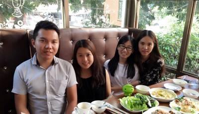 惠州三妹子自驾中华V3寻越南印尼美食