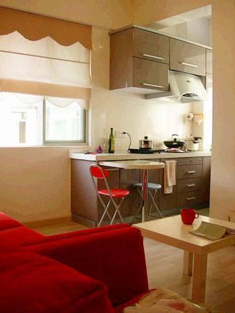 90平米简装修效果图:客厅、餐厅、厨房