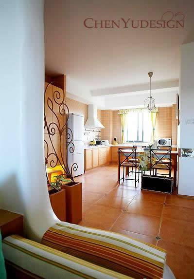 阳光房装修效果图:从客厅看饭厅和厨房