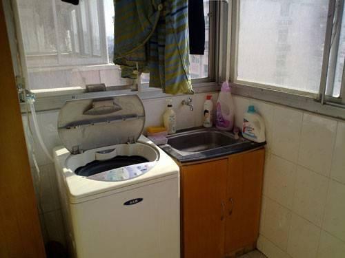 阳台放洗衣机装修效果图—土拨鼠装饰 设计 门户   阳台放洗